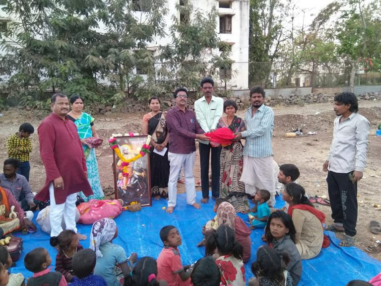 Distributing daily needs helpless people in Osmanabad